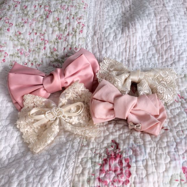 Sweet Dolly Lace Bow Clips