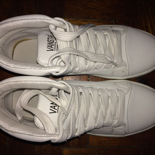 be67527417 VanStar White Shoes