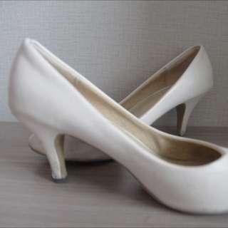 Bowbow Heels