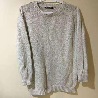 Brandy Melville Salt And Pepper Sweater