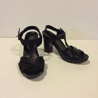 Black Wittner Heeled Sandals