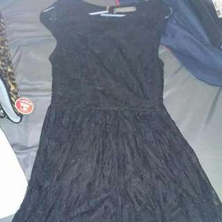 Winner Lace Dress Size Medium