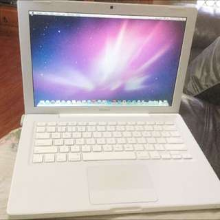 APPLE MACBOOK 13 ( NEED IT GONE ASAP PLEASE)