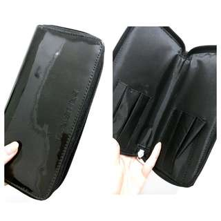 Shu euamura Black Glossy Brush Case Travel