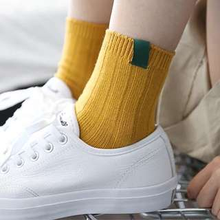 日系小標籤撞色襪