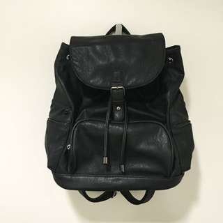 Strandbag Black Leather Backpack
