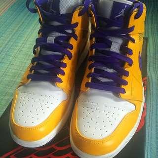 Air Jordan 1 Mid Lakers size 10