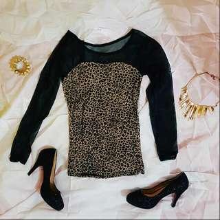 Sheer sleeves Leopard Top
