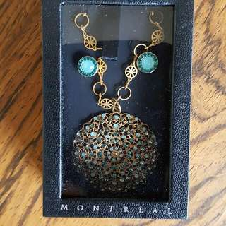 Fervor Montreal Necklace Earrings Set