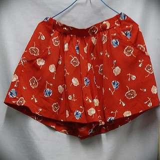 日牌 Dip Drops 紅色半截裙褲