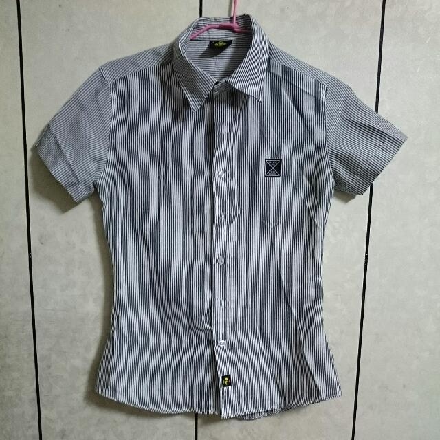 超顯瘦🔥🔥🔥深灰直條紋襯衫!!