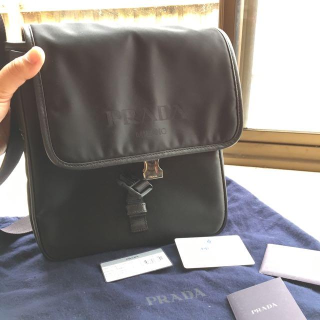 Authentic Prada Messanger Bag in Black colour