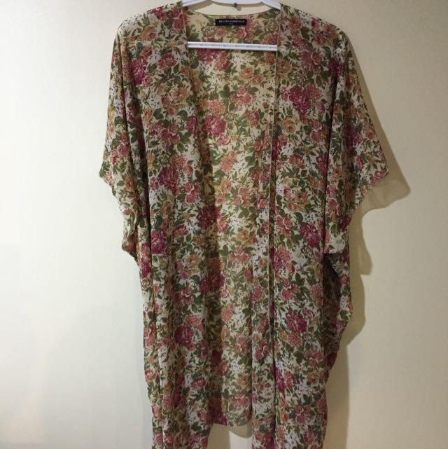 Brandy Melville Sheer Floral Kimono