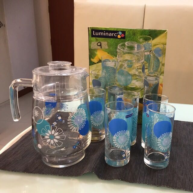 Glass Set Of 5 With 1 Jug(urgent Sale )