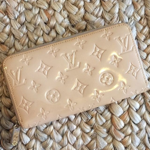 GUC High Quality Replica Louis Vuitton Monogram Vernis Zippy Wallet Pink / Nude / Peach