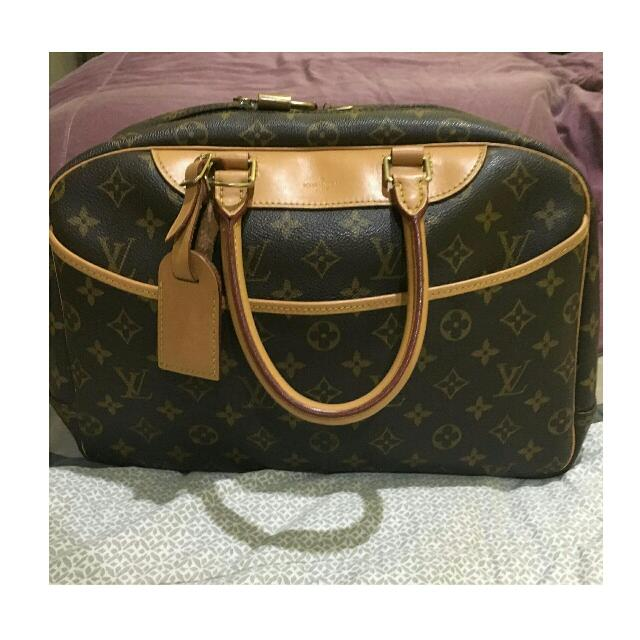 LV Trouville (Authentic)
