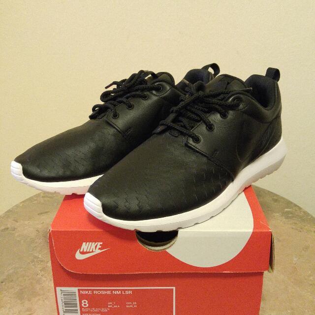 sale retailer f42f4 e5f25 DEADSTOCK SALE Nike Roshe x Bottega Veneta , Men s Fashion, Footwear on  Carousell
