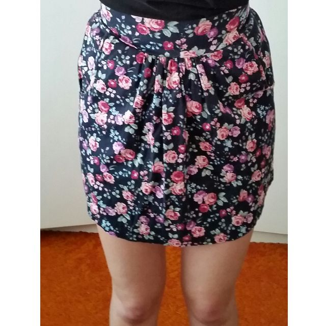 Quirky Circus skirt size 8