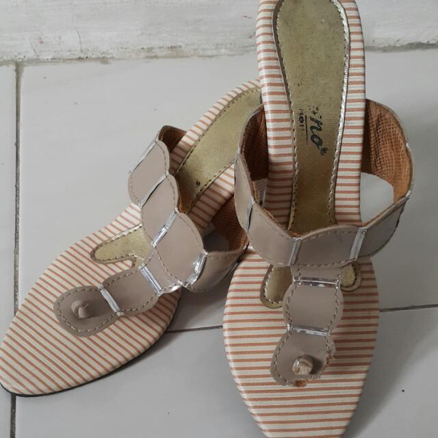 Sandal Lokal