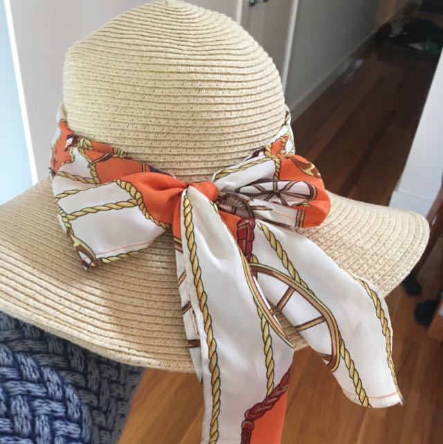 Sun Hat With Norticle Scarf