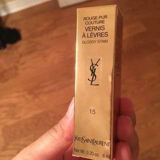 YSL Vernis À Lèvres Glossy Stain