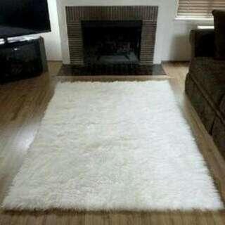 Karpet Bulu 150x130