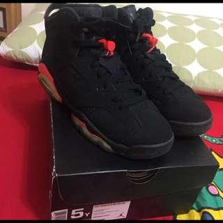 Air Jordan 6黑紅