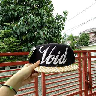 Snapback / Topi Void Black