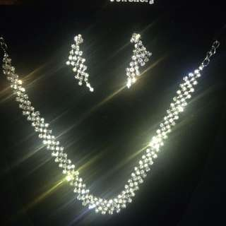 New Diamante Silver Tone Necklace Earring Set