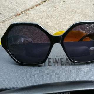 *NEW*Tony Bianco Sunglasses