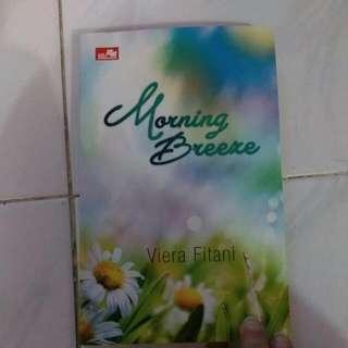 "Novel ""Morning Breeze"""