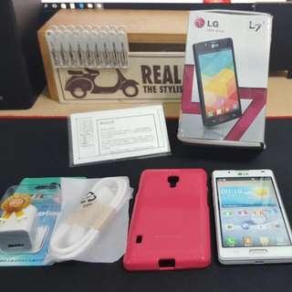 LG Optimus L7 II 純白智慧手機 (型號P713)