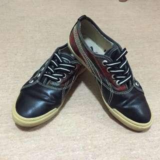 PUMA 復古芥黃麂皮限量平底鞋