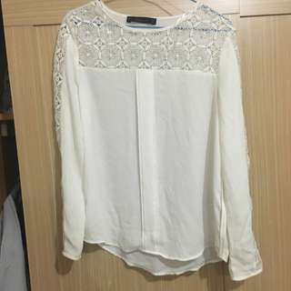 Zara 白色簍空上衣 S號