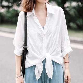 白色緞面襯衫
