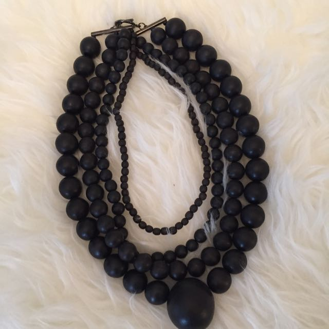 4 String Black Brad Necklace