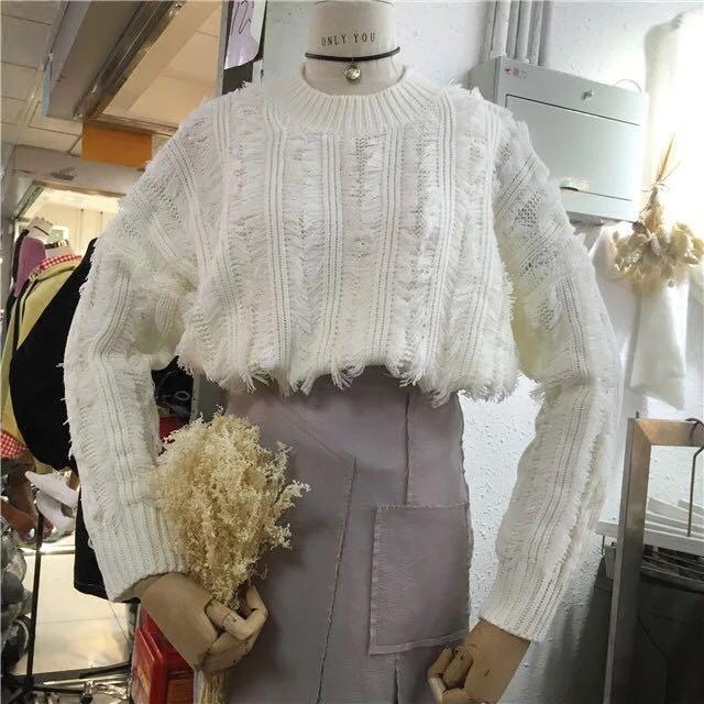 韓國寬鬆流蘇圓領白毛衣