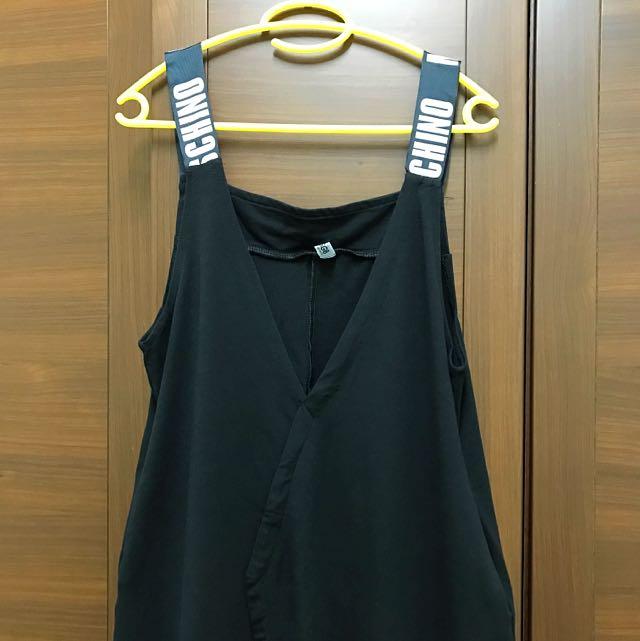黑色連身吊帶褲