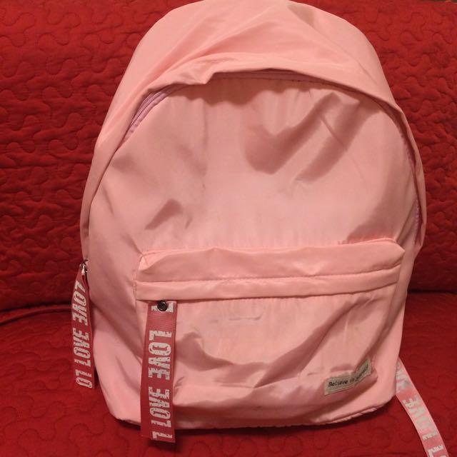 近全新_LOVE粉紅色大容量後背包