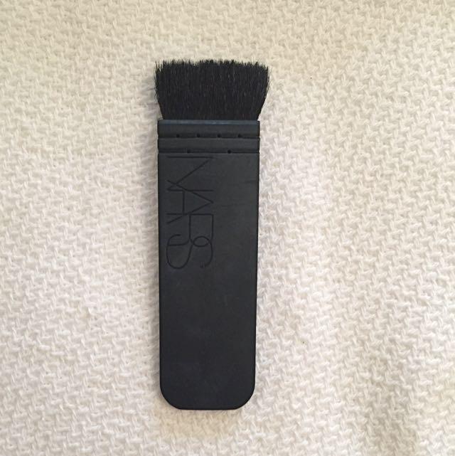 NARS Kabuki Ita Contour Brush