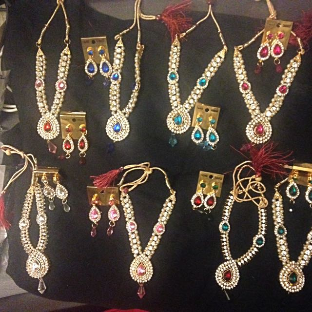 New Bollywood Indian Jewellery Sets 3 Piece Necklace Earrings