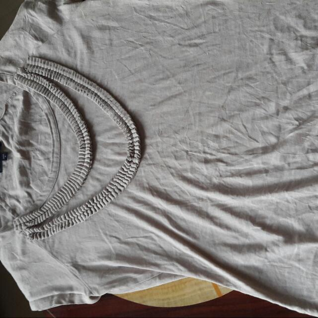 Preloved Gap Tshirt