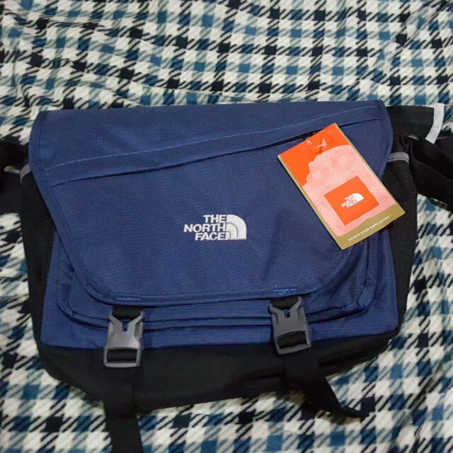 RESERVED-- Orig The North Face Shoulder/messenger Bag