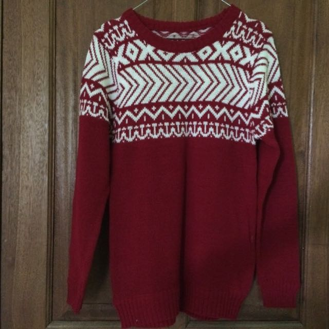 Sweater Maroon Tribal