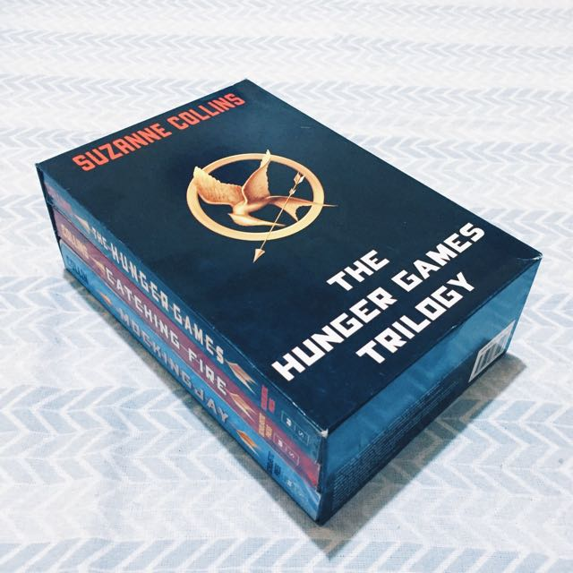 *RESERVED* The Hunger Games Trilogy Paperback Set
