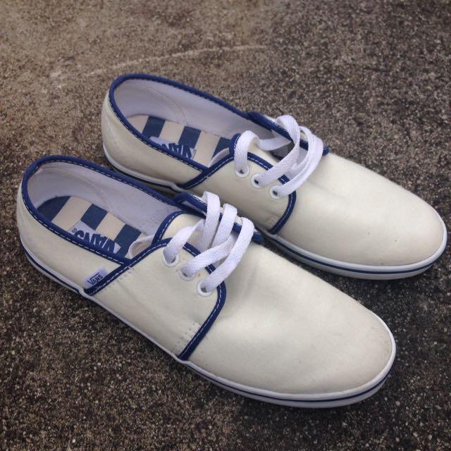 Vans Classic White Canvas Size 9