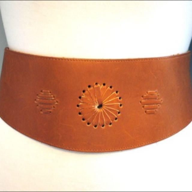 50%off Vintage Tan Leather Bohemian Corest Belt Sz M