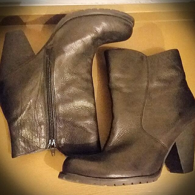 Wittner Black Leather Ankle Boots Sz40