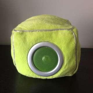 Green Fluffy Speaker
