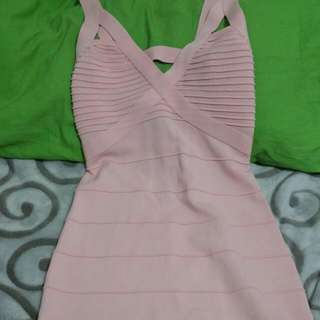 BEBE DRESS color pink size small